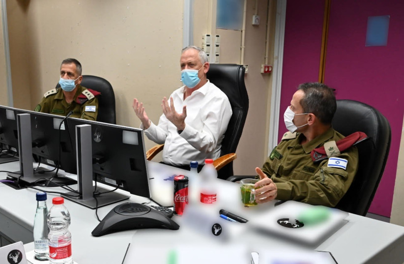 Defense Minister and Alternate Prime Minister Benny Gantz visiting the IDF's Northern Command along with IDF Chief of Staff Lt.-Gen. Aviv Kochavi (photo credit: ARIEL HERMONI/DEFENSE MINISTRY)