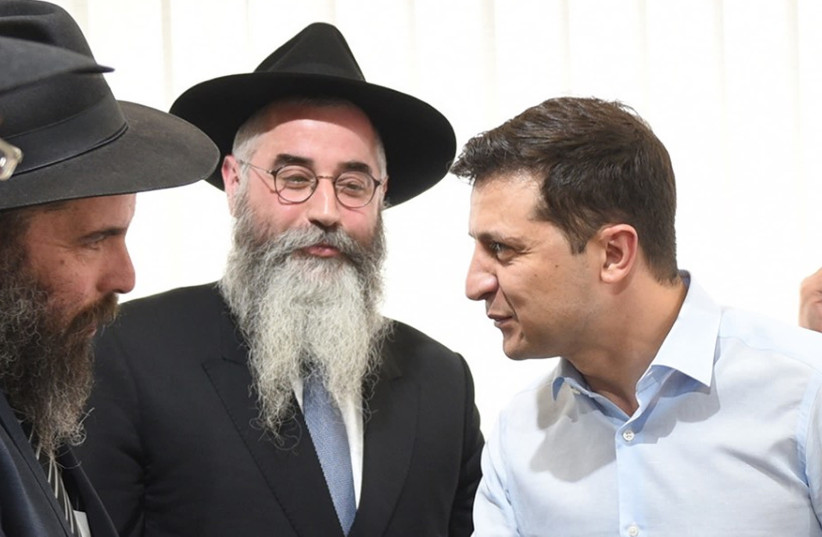Ukrainian President Vlodymyr Zelensky, right, meets with rabbis in Kyiv, May 6, 2019 (photo credit: COURTESY OF THE JEWISH COMMUNITY OF KHARKOV)