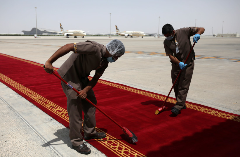 """Israeli and U.S. officials fly to UAE to cement """"normalization"""" deal. (photo credit: REUTERS/CHRISTOPHER PIKE)"""