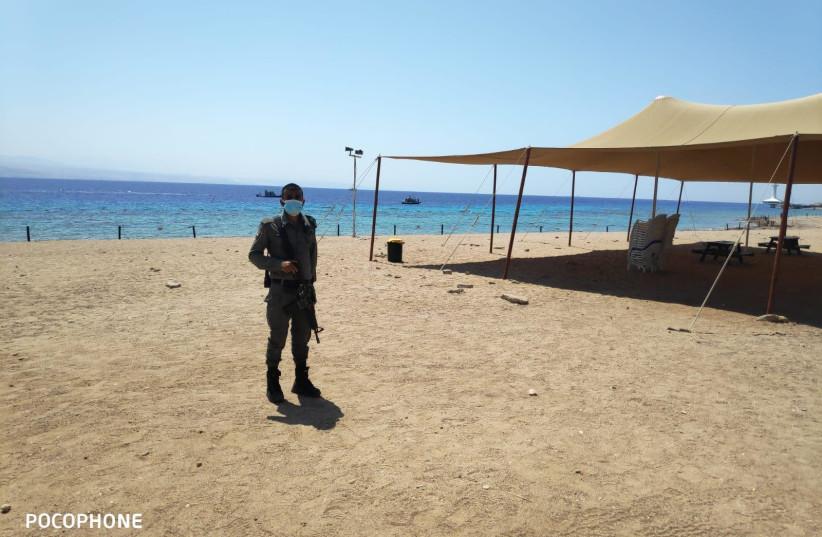 Infiltration présumée le long de la plage d'Eilat, septembre 2020 (crédit photo: POLICE ISRAEL)