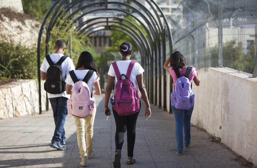 Back to school amid a pandemic (photo credit: YOSSI ZAMIR/FLASH90)