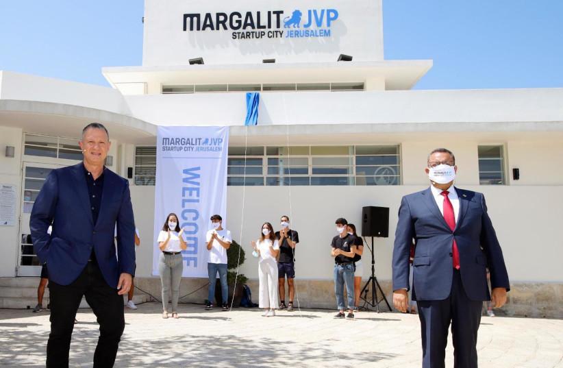 Entrepreneur Erel Margalit and Jerusalem Mayor Moshe Lion.  (photo credit: RIKI RACHMAN)