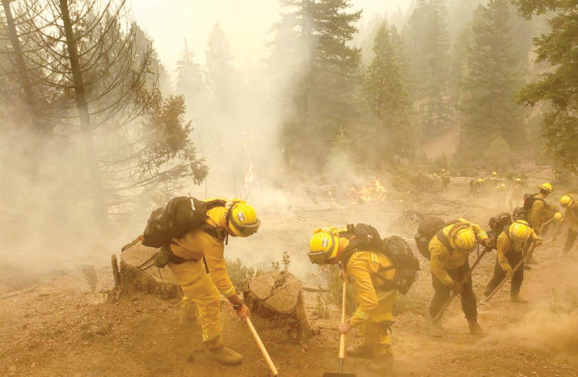 Israeli firefighters help battle the blazes in California in September (photo credit: ISRAEL FIRE AND RESCUE AUTHORITY SPOKESMAN)