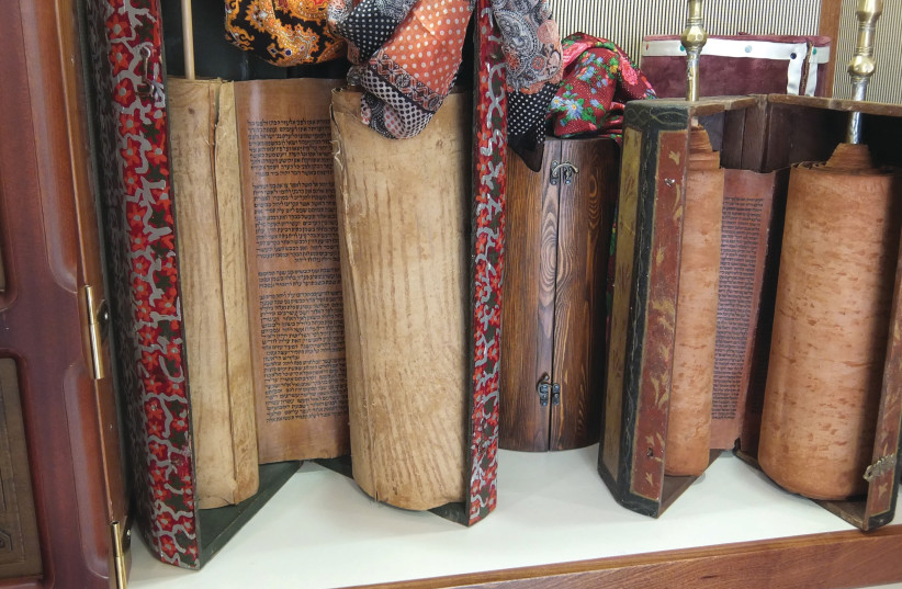 YEMENITE TORAH scrolls (photo credit: Wikimedia Commons)