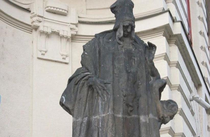 Ladislav Šaloun's statue of Judah Loew ben Bezalel (The Maharal) at the New City Hall of Prague in the Czech Republic. (photo credit: WIKIPEDIA)