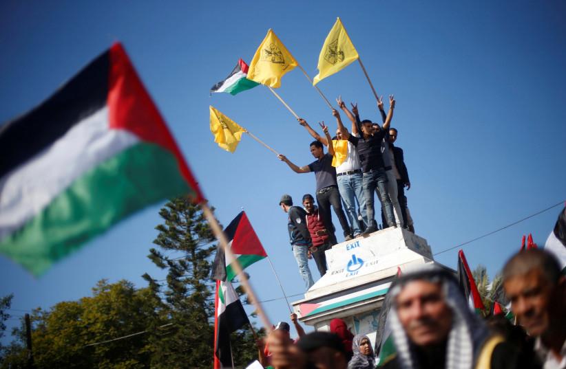 A protest against Balfour Declaration, in Gaza City November 2, 2017. (photo credit: REUTERS/MOHAMMED SALEM)