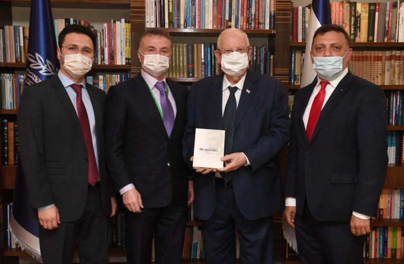 Euro-Asian Jewish leaders meet with Rivlin on reissue of Jabotinsky book (credit: PRESIDENT'S OFFICE)