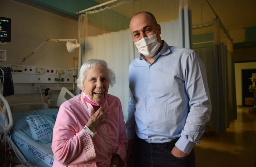 Annette and Dr. Dvir post-surgery (photo credit: SHAARE ZEDEK MEDICAL CENTER)