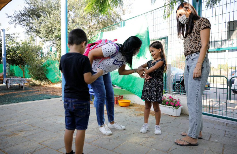 Children begin school in Jerusalem on November 1, 2020 after a lockdown. (photo credit: MARC ISRAEL SELLEM)