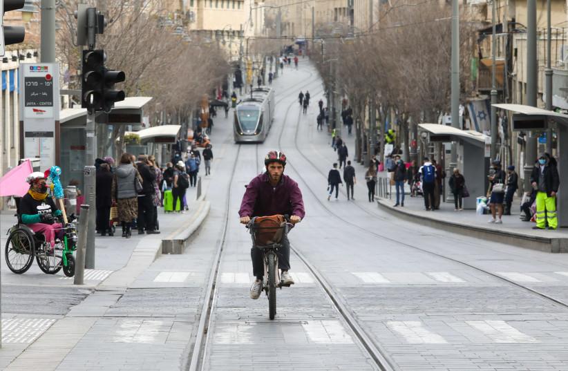Jerusalem streets during coronavirus lockdown in Israel, January 2021 (photo credit: MARC ISRAEL SELLEM)