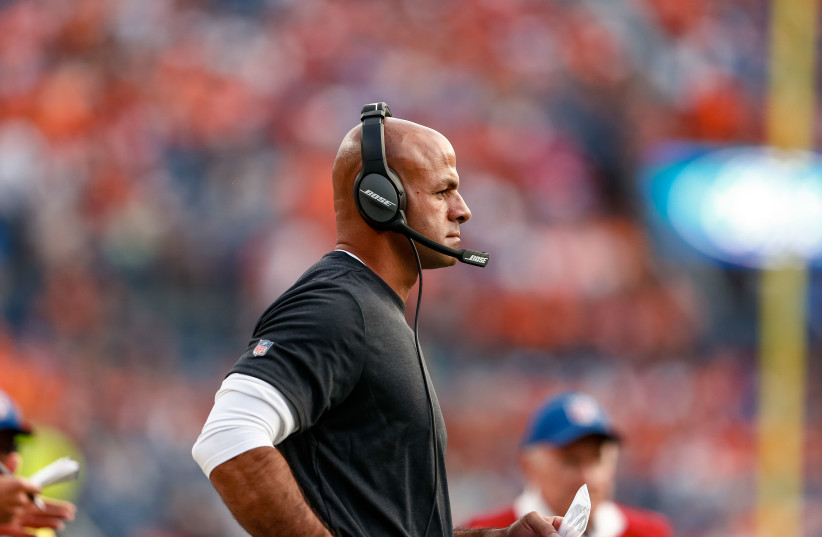 San Francisco 49ers defensive coordinator Robert Saleh in the first quarter against the Denver Broncos at Broncos Stadium at Mile High. (photo credit: ISAIAH J. DOWNING/USA TODAY SPORTS)