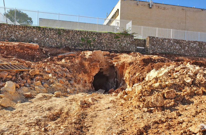 The cistern where the grenade was discovered in Jerusalem. (photo credit: OSCAR BECHERNO/ISRAEL ANTIQUITIES AUTHORITY)