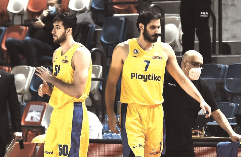 OMRI CASSPI (7) and Maccabi Tel Aviv are aiming to push their Euroleague record above .500 with a pair of games this week, starting tonight at Fenerbahce. (photo credit: DOV HALICKMAN PHOTOGRAPHY)