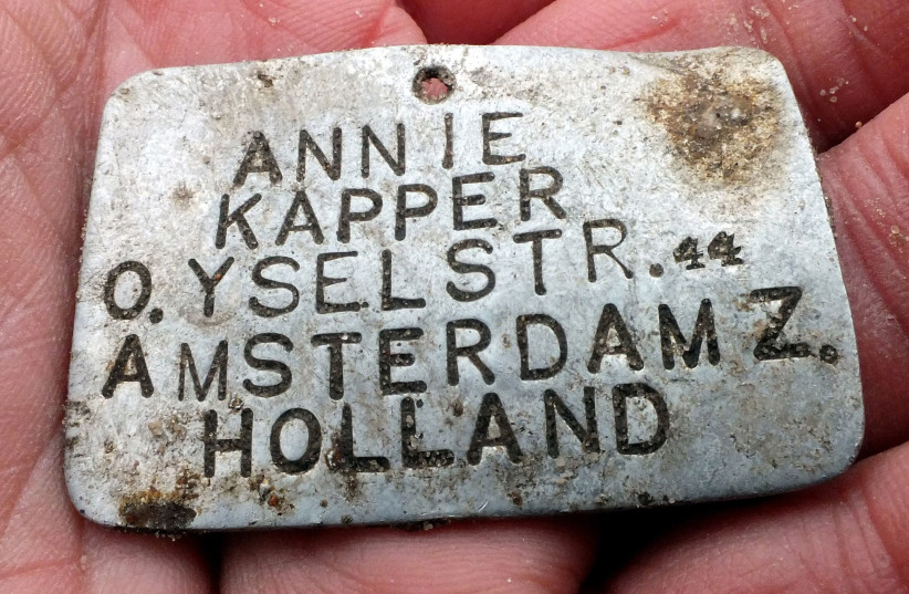 Annie Kapper's identity tag, showing the girl's name and address on this side. (photo credit: YORAM HAIMI)