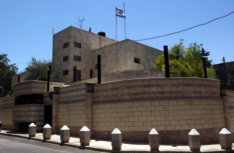 A view of the house of the Israeli Prime Minister in Jerusalem. June 07, 2002. (photo credit: NATI SHOCHAT/FLASH 90)