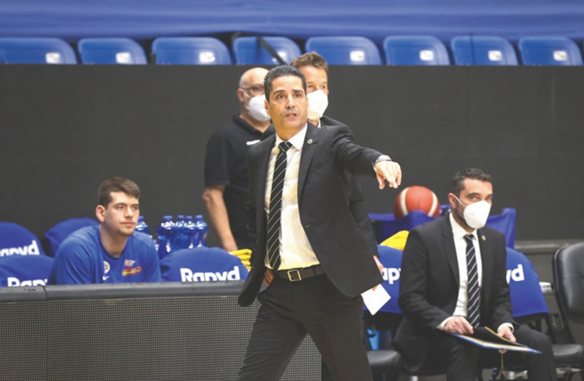 MACCABI TEL AVIV coach Ioannis Sfairopoulos has the yellow-and-blue in prime form ahead of Thursday's State Cup semifinal vs Maccabi Rishon Lezion.  (photo credit: UDI ZITIAT)