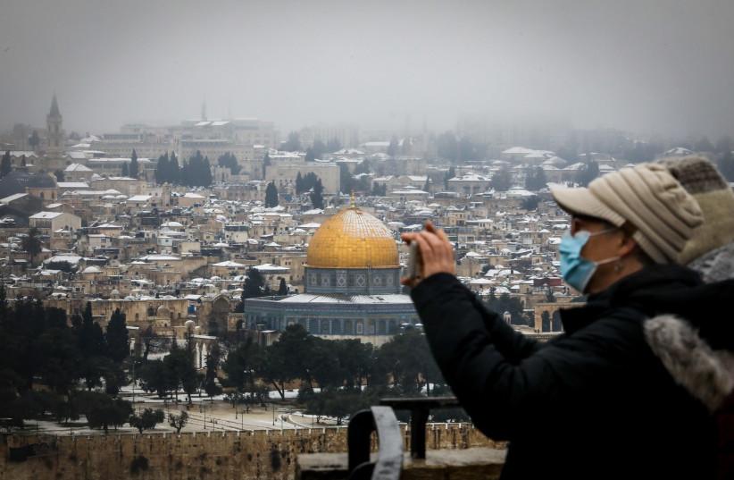 Jerusalem under the snow, February 18, 2021 (photo credit: MARC ISRAEL SELLEM)