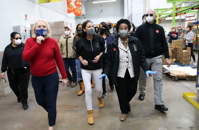 AOC visits Texas, raises $4 million for those without power, food, water