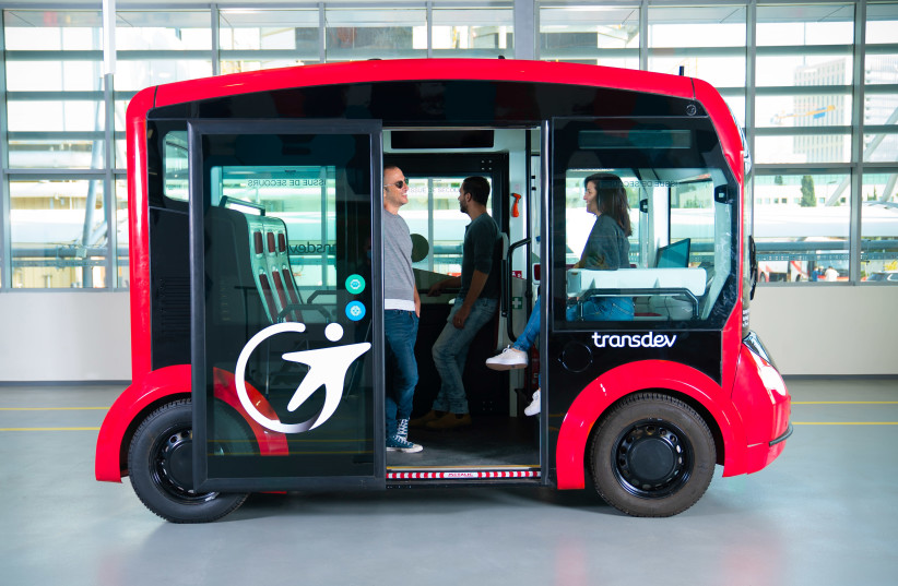 The i-Cristal electric shuttle (photo credit: Courtesy)