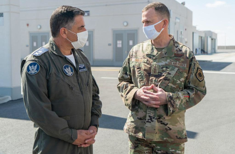 Ninth Air Force (Air Forces Central) Commander, Lt.-Gen. Gregory M. Guillot meeting his Israeli counterpart Air Force, Maj.-Gen. Amikam Norkin (February 26) (photo credit: IDF)