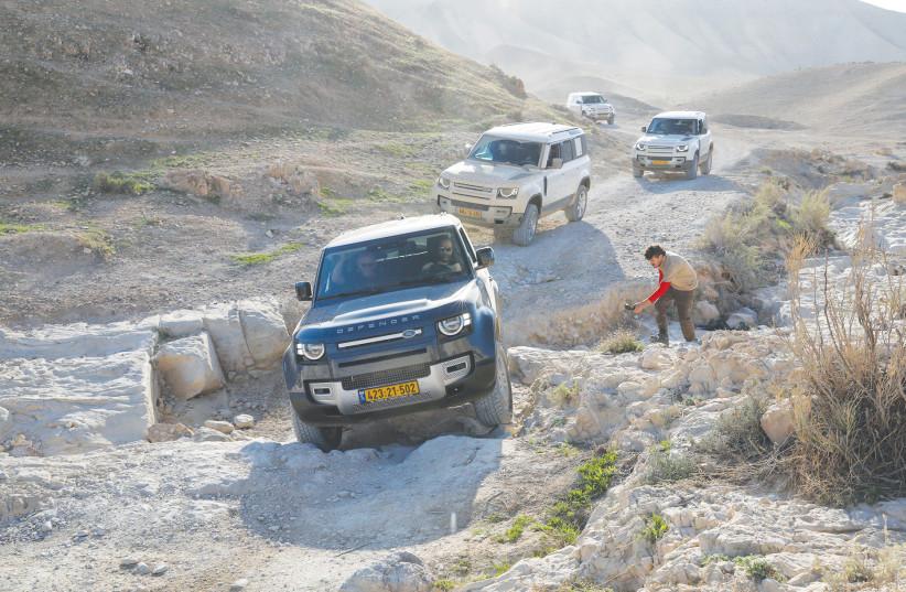 A drive in the Judean desert with the 3-door Defender 90. (photo credit: RONEN TOPELBERG)