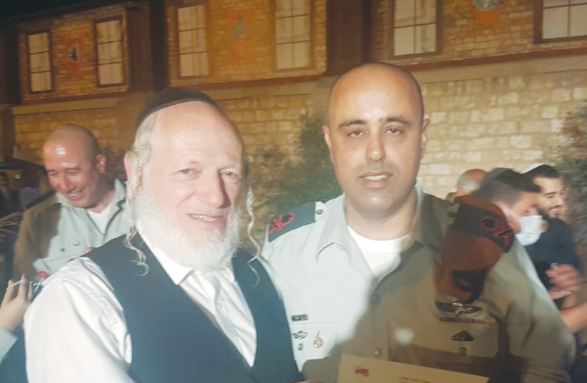 ZAKA FOUNDER Yehuda Meshi Zahav with former IDF Home Front Command head Maj.-Gen. Tamir Yadai. (photo credit: ZAKA)