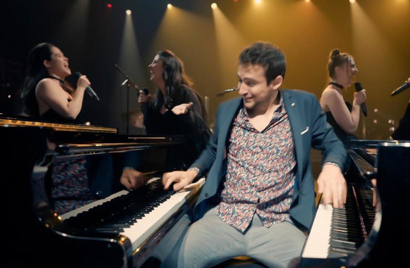 Jazz pianist Guy Mintus and his Trio with sopranos Tal Ganor, Goni Cnaani, Anat Czarny and Daniela Skorka. (photo credit: ISRAELI OPERA)