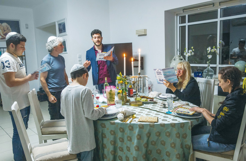 THE OVERRIDING focus of the Seder is the interaction between parents and children.  (photo credit: YOSSI ALONI/FLASH90)