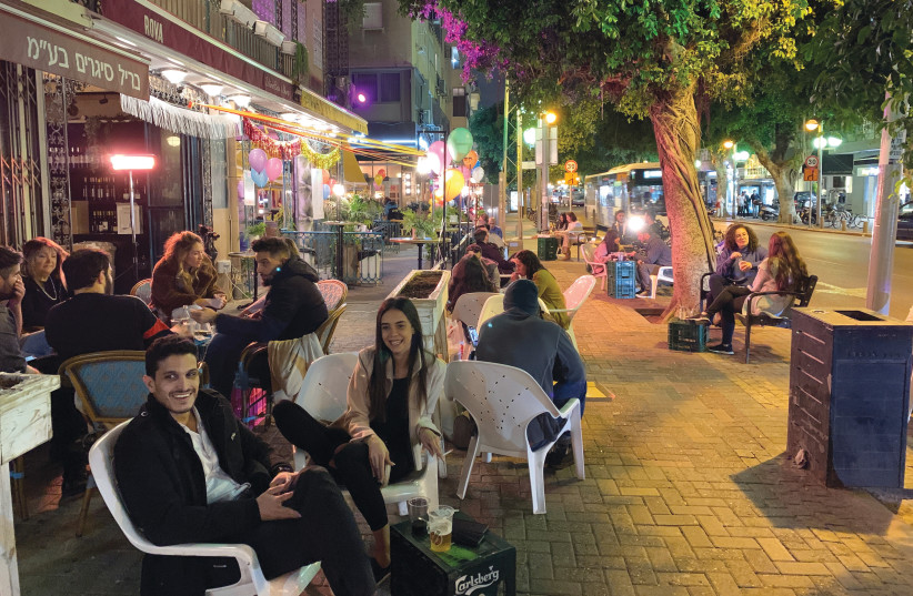 DIZENGOFF STREET a week before opening night.  (photo credit: ORIT ARFA)