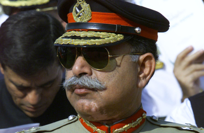 OUSTED PAKISTANI Inter-Services Intelligence service director-general Lt.-Gen. Mahmood Ahmed, 2000. The book documents controversies related to the ISI. (photo credit: MIAN KHURSHEED/REUTERS)