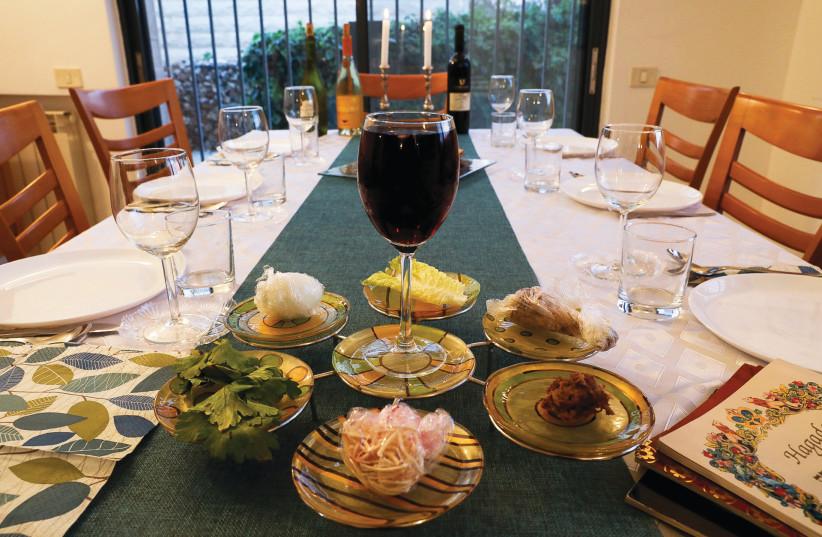 Passover Seder. (photo credit: NATI SHOHAT/FLASH90)