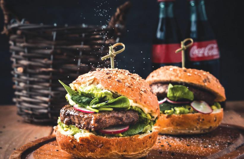 Burgers (photo credit: MAE MU)