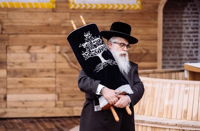 Rabbi Bleich at the synagogue in Babyn Yar. (photo credit: BYHMC)