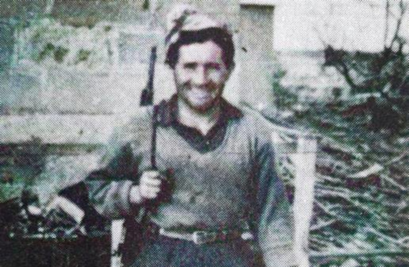 David Ben David during the 1948 siege of Kfar Etzion, where many of his comrades were killed by enemy forces. From his autobiography, Gesher al Tehumot (Bridge over the Abysses). (photo credit: NATIONAL LIBRARY OF ISRAEL COLLECTION)