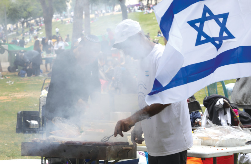 Barbecuing on Independence Day (photo credit: MARC ISRAEL SELLEM)