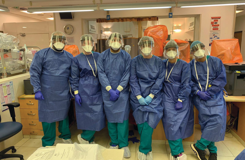 SHOSHI DESSAUER and her colleagues in the emergency room of Hadassah Ein Kerem (photo credit: Courtesy)