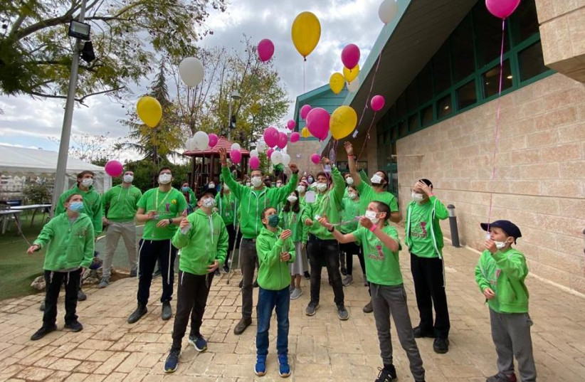 Zichron Menachem brought 80 children who are sick with cancer together for three days of outdoor fun. (photo credit: ZICHRON MENACHEM PR)