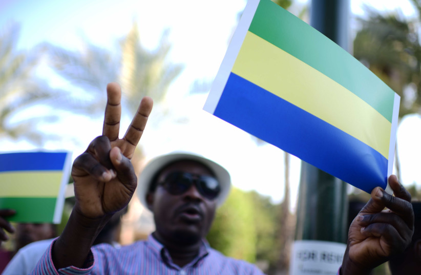 Sudanese demonstrate in support of their people in South Tel Aviv, June 30, 2019.  (photo credit: TOMER NEUBERG/FLASH90)