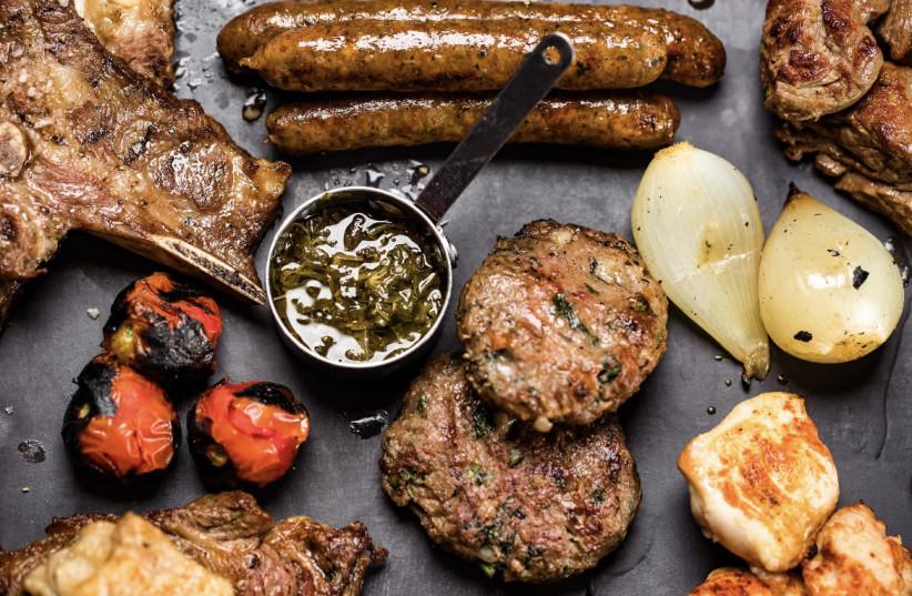 Tzidkiyahu's dazzling array of food (photo credit: ASSAF KARLA)