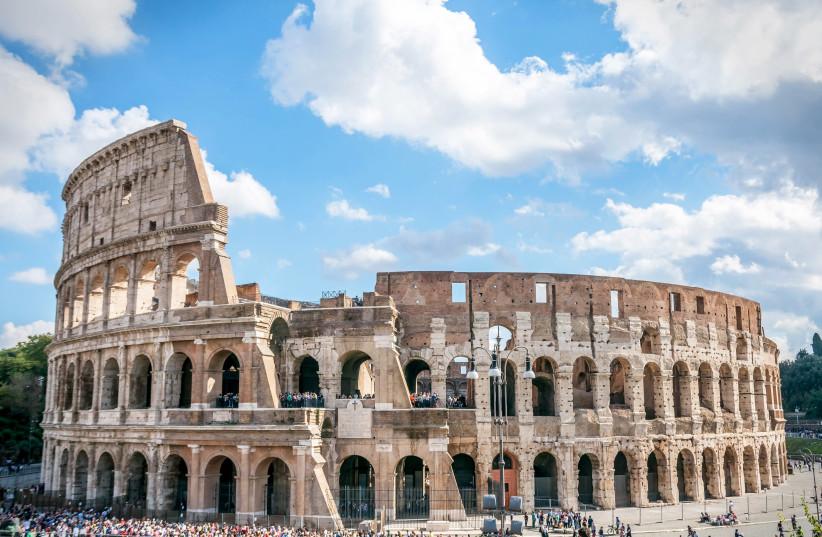 Colosseum in Rome (photo credit: FSHOQ.COM)