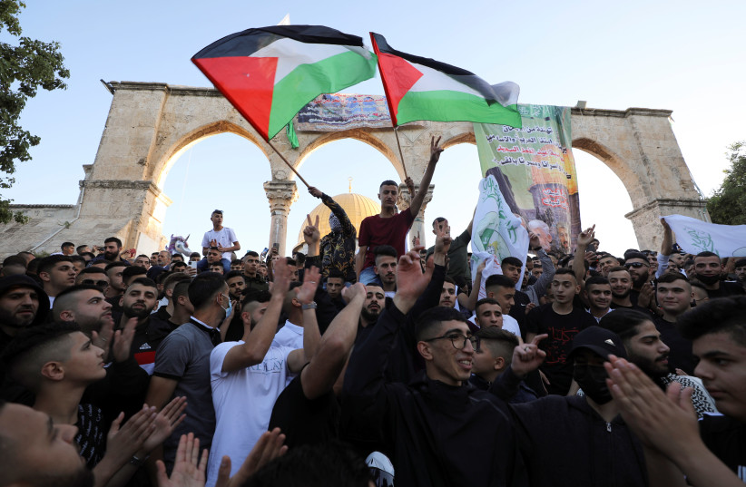 PA mufti expelled from prayers at al-Aqsa for not supporting Hamas, Gaza