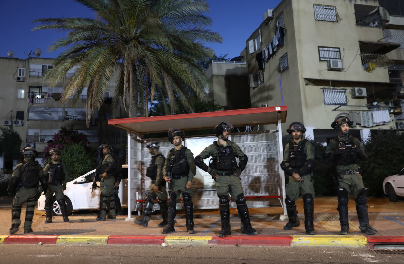 Israeli soldier attacked in Jaffa, hospitalized in serious condition