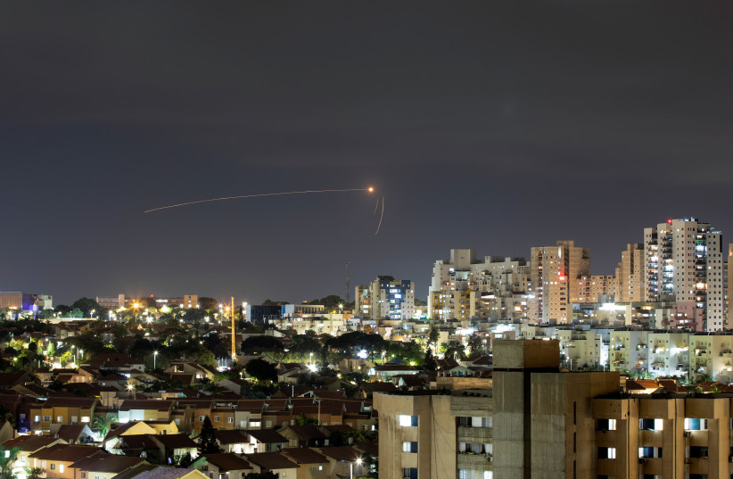 Red alert sounds in southern Israel, clashes in W. Bank