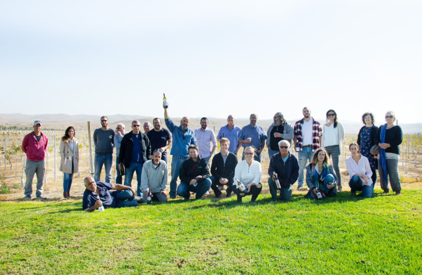THE WINERIES get together to fete the founding of the new Negev Wine Club.  (credit: NEGEV WINE CLUB)