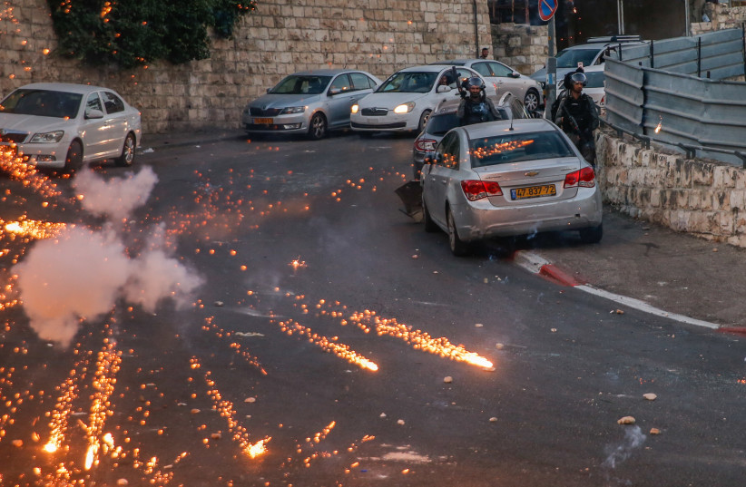 'Arab cities are run by gangs, and the police don't care'