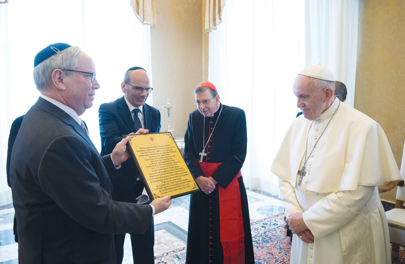 POPE FRANCIS meets with members of the American Jewish Committee at the Vatican in 2019 (credit: REUTERS)