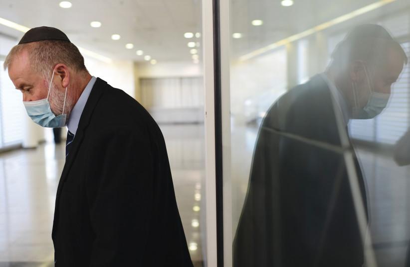 Procurador-Geral Avichai Mandelblit.  Ele é uma espécie de cata-vento para o novo governo.  (crédito da foto: TOMER NEUBERG / FLASH90)