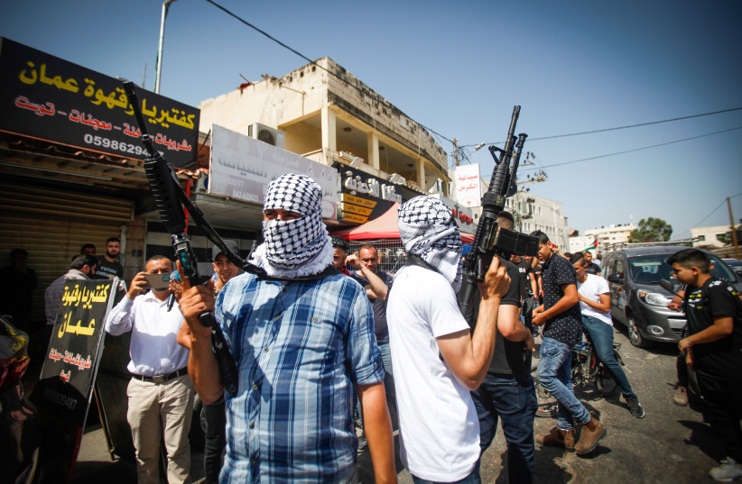 Firefight breaks out between Palestinians, Israeli forces in West Bank