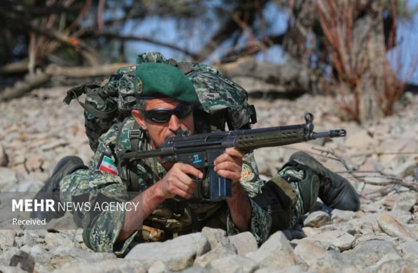 Exercice «Conquérants de Khaybar» mené par l'Iran près de la frontière avec l'Azerbaïdjan (crédit: MEHR NEWS AGENCY)