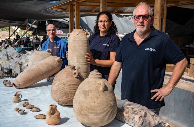 Excavation directors, from right to left: Dr. Jon Seligman, Liat Nadav-Ziv and Dr. Elie Hadad. (credit: YANIV BERMAN/ISRAELI ANTIQUITIES AUTHORITY)